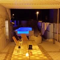 reformas-alicante-piscina-noche